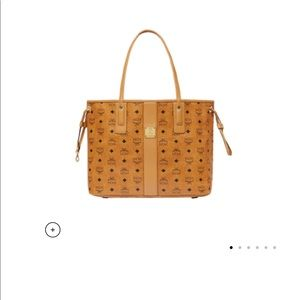 Mcm Liz medium reversible tote (without pouch)